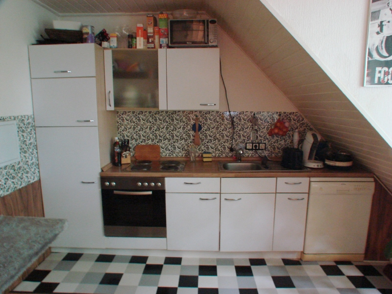 kielmeyer immobilien mietangebote sch ne dachgeschosswohnung im herzen von hennef. Black Bedroom Furniture Sets. Home Design Ideas